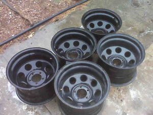 Looking for chev 15x8 or 15x10
