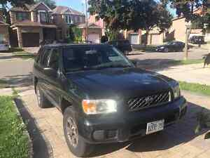 2001 Nissan Pathfinder SUV. drives very well.