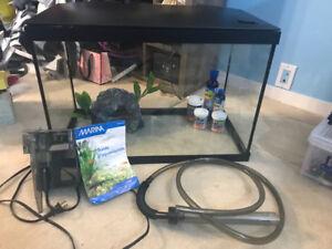 Aquarium Marina 20 gallons (75L) équipé+ Aspirateur à roches