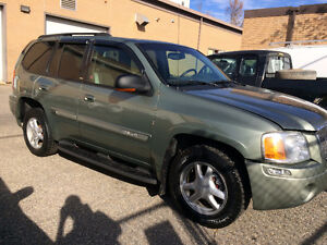 GMC Envoy SLT  $4500 Asking     4X4  Full Load with Leather