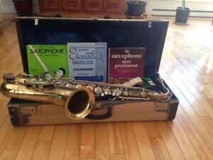 Saxophone Tenor d'époque - Boosey & Hawkes - Modèle Oxford