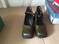 Clarks Olive Green Patent Wedge Shoes Size 5