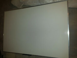 6'x 4' Quartet Dry Erase Non magnetic Whiteboard
