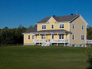 Hobby Farm 32 acres / Fermette en Ontario
