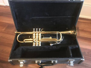 Lightly Used Yamaha Trumpet & Case in Good Condition
