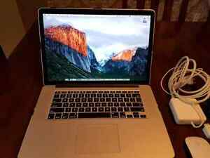 Apple Macbook Pro 15 i7, 16GB RAM 512SSD, El Capitan, Applecare