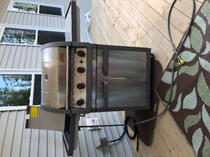 Coleman BBQ for sale - Natural Gas Best Offer