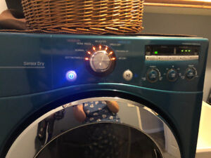 LG Electric Dryer & Pedestal - Excellent Condition