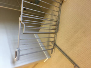 Evenflo secure step metal baby gate