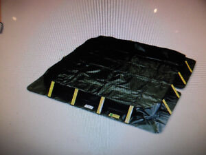 """Chemical / Oil Spill Containment Berm 4 X 4 X 8"""" -79 gallons New"""
