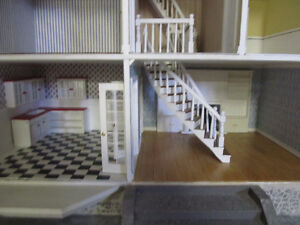 Large Dollhouse for sale Cambridge Kitchener Area image 3