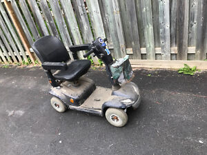 Mobility Scooter (Leo)