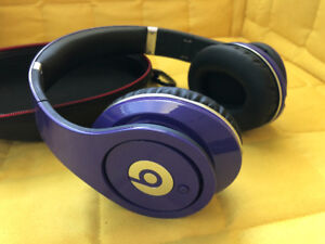 Beats by Dr. Dre Studio for sale (mint condition, barely used)