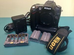 NIKON D90 & Accessories (with or without lens)