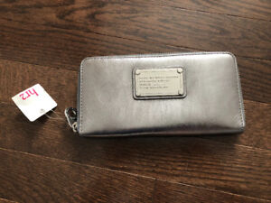 Marc Jacobs wallet. Brand new.