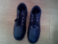New Men's Safety Boots Size 11- Steel Toe Cap & Oil, Acid and Slip Resistant