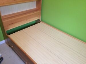 Pine Captains bed