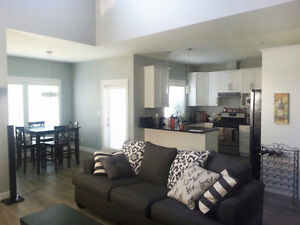 1 room for rent available fully furnished!