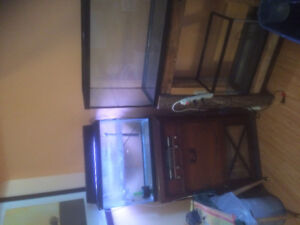 Fish tanks and stand