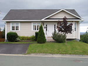 Immaculate Bungalow w/ ocean view $289,900 MLS®1150591