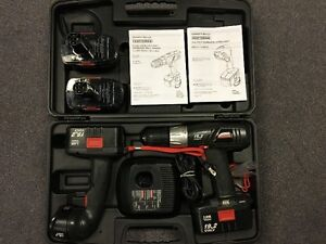 CRAFTSMAN DRILL/FLASHLIGHT COMBO