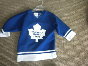 Toronto Maple Leafs  Jersey size 6x