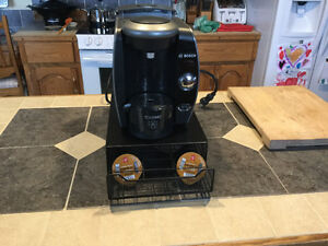 Tassimo coffe maker and coffee pod rack that fits underneath