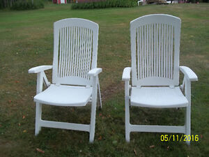 Two Outdoor Folding Lawn Chairs - White