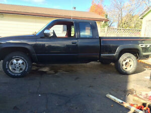 1993 GMC Sierra 1500 Black Pickup Truck