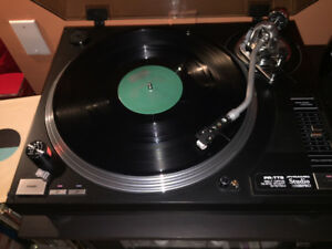 Pyramid Studio Pro Turntable PR-TT9