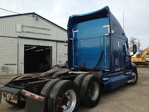 2006 KENWORTH T2000 - PARTING OUT Peterborough Peterborough Area image 6
