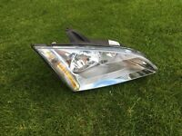Ford Focus 2007 driver side headlight