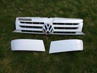 Volkswagen T5 Facelift Grille, badge and Bumper Blanks