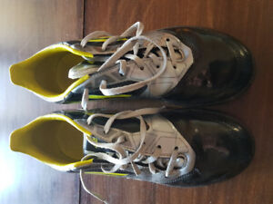 Adidas f10 soccer turf cleats youth size 4