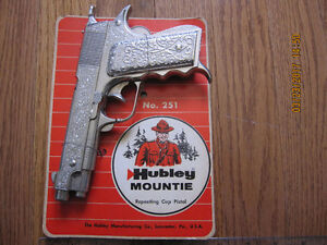 1950s Hubley Mountie Toy Cap Pistol #251 Unused