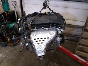 Mitsubishi 2.4 Engine with only 2,400 km