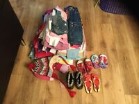 60 pieces of clothing for girls 2-3 years old and shoes