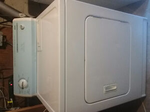Excellent Condition Kenmore Washer and Dryer