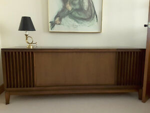 Vintage turntable stereo console