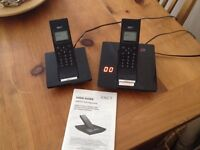 Set of 2 phones with answering machine