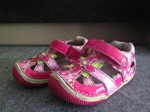 Toddler Girl Stride Rite Sandals Kitchener / Waterloo Kitchener Area image 1