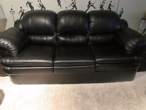 BLACK LEATHER COUCH 3 PIECES