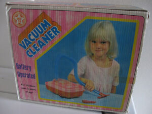 Bright Star toy Vacuum Cleaner vintage Still works! Excellent! Cornwall Ontario image 3