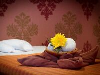 Authentic Thai Massage For Men & Women