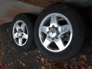 2015 20 inch 8 bolt Chevy rims and tires