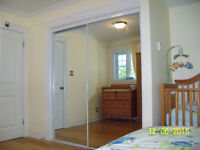 Mirror sliding doors 3 ft x 77 in (92.5 cm x 196 cm)