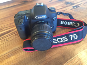 Canon EOS 7D with 18-35 mm lens