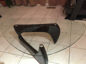 Originally T-shaped coffee table glass-top with black legs