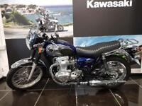KAWASAKI W800 EJ800AEF One Owner from new, Fly Screen,Rack