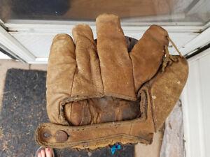 1920's baseball glove